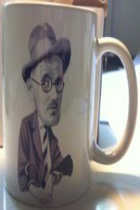 TAZA JAMES JOYCE BLOOMSDAY: portada